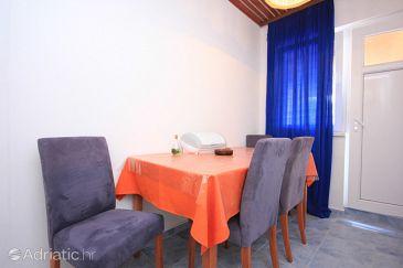 Apartment A-8300-e - Apartments and Rooms Tkon (Pašman) - 8300