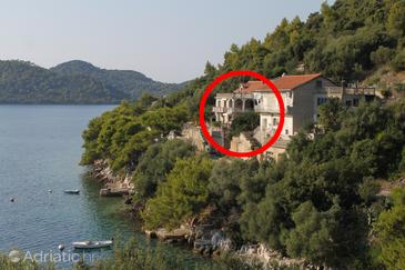 Property Ubli (Lastovo) - Accommodation 8344 - Apartments near sea.