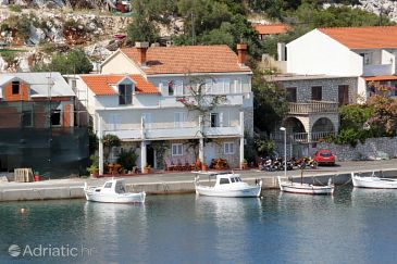 Zaklopatica, Lastovo, Property 8357 - Apartments blizu mora.