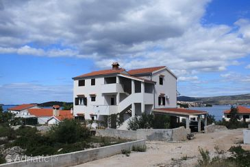Property Ražanj (Rogoznica) - Accommodation 8361 - Apartments near sea with pebble beach.