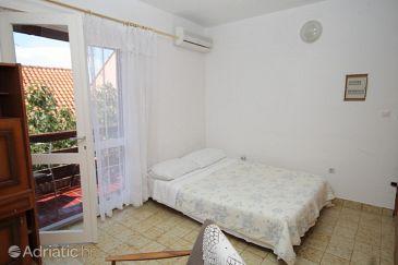 Apartment A-8368-a - Apartments Žaborić (Šibenik) - 8368