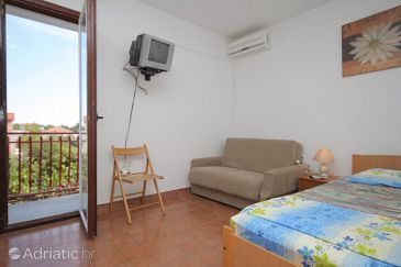 Studio flat AS-8369-d - Apartments Tribunj (Vodice) - 8369