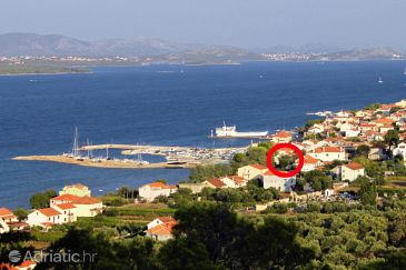 Property Tkon (Pašman) - Accommodation 8373 - Apartments near sea.