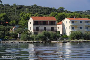 Property Tkon (Pašman) - Accommodation 8376 - Apartments near sea with sandy beach.