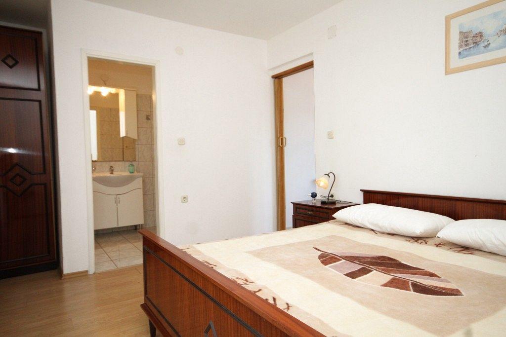 Apartmán v meste Tkon - 8377