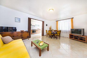 House K-8381 - Vacation Rentals Lukoran (Ugljan) - 8381