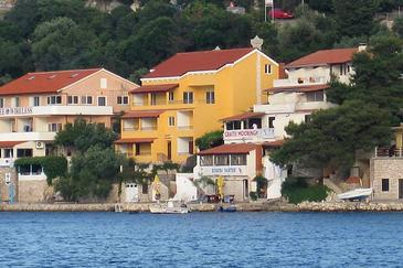 Zaklopatica, Lastovo, Property 8393 - Apartments blizu mora.