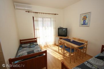 Apartment A-8437-c - Apartments Mavarštica (Čiovo) - 8437