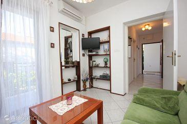 Apartment A-8441-a - Apartments Okrug Gornji (Čiovo) - 8441