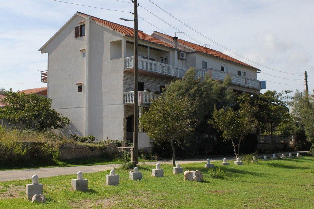 Apartmán na pláži v meste Mrljane - 8464