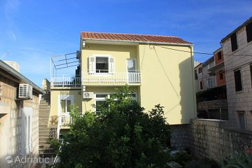 Property Vis (Vis) - Accommodation 8534 - Apartments near sea with pebble beach.