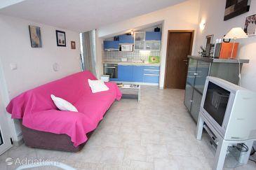 Apartment A-8624-a - Apartments Okrug Gornji (Čiovo) - 8624