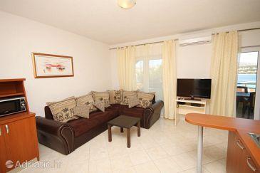 Apartment A-8626-c - Apartments Okrug Gornji (Čiovo) - 8626