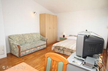 Studio flat AS-8635-e - Apartments and Rooms Podstrana (Split) - 8635