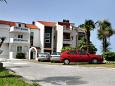 Parking lot Podstrana (Split) - Accommodation 8639 - Apartments and Rooms near sea with pebble beach.