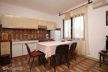 Apartment A-8651-d - Apartments Arbanija (Čiovo) - 8651