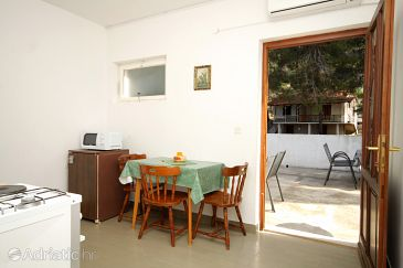 Apartment A-8700-d - Apartments Ivan Dolac (Hvar) - 8700