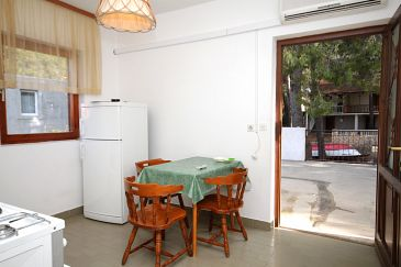 Apartment A-8700-e - Apartments Ivan Dolac (Hvar) - 8700