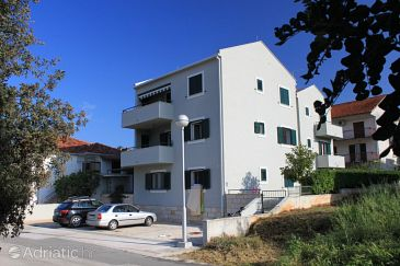 Property Stari Grad (Hvar) - Accommodation 8704 - Apartments near sea with pebble beach.