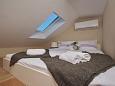 Jelsa, Bedroom 2 u smještaju tipa apartment, dostupna klima i WIFI.