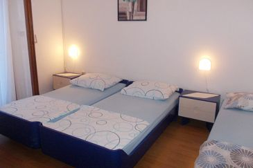 Room S-8717-a - Apartments and Rooms Hvar (Hvar) - 8717