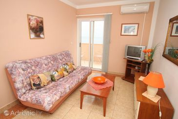 Apartment A-8734-e - Apartments and Rooms Ivan Dolac (Hvar) - 8734