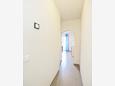 Hallway - Apartment A-8761-e - Apartments Uvala Zastupac (Hvar) - 8761