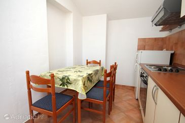 Apartment A-8765-d - Apartments Jelsa (Hvar) - 8765