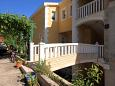 Courtyard Jelsa (Hvar) - Accommodation 8777 - Apartments in Croatia.