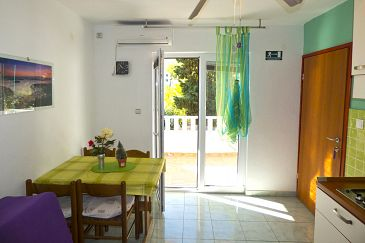 Apartment A-8782-a - Apartments Ivan Dolac (Hvar) - 8782