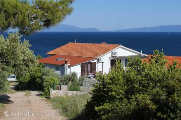 Property Zavala (Hvar) - Accommodation 8808 - Apartments near sea with pebble beach.