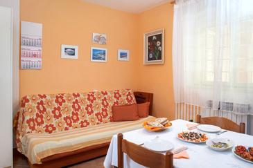 Apartment A-8817-a - Apartments Makarska (Makarska) - 8817