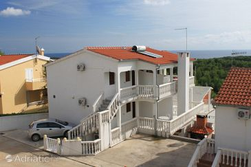 Property Rukavac (Vis) - Accommodation 8837 - Apartments with pebble beach.
