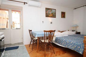 Studio flat AS-8840-a - Apartments Komiža (Vis) - 8840