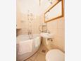 Komiža, Bathroom u smještaju tipa studio-apartment, WIFI.