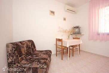 House K-8889 - Vacation Rentals Uvala Rogačić (Vis) - 8889