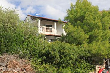 Property Milna (Vis) - Accommodation 8895 - Apartments near sea with pebble beach.