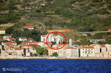Property Komiža (Vis) - Accommodation 8908 - Apartments with pebble beach.