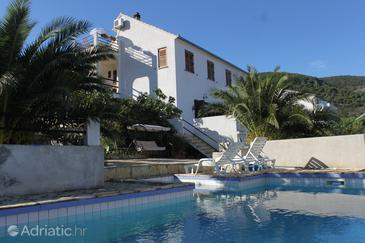 Property Vis (Vis) - Accommodation 8936 - Apartments near sea with pebble beach.