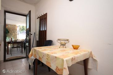 Apartment A-8952-a - Apartments Uvala Mala Pogorila (Hvar) - 8952