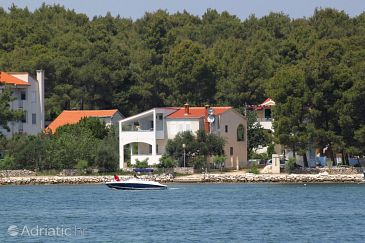 Verunić, Dugi otok, Property 904 - Apartments blizu mora.