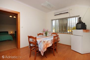 Apartment A-9144-b - Apartments Zavalatica (Korčula) - 9144