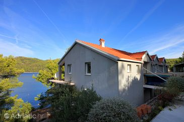 Property Brna (Korčula) - Accommodation 9159 - Apartments near sea.