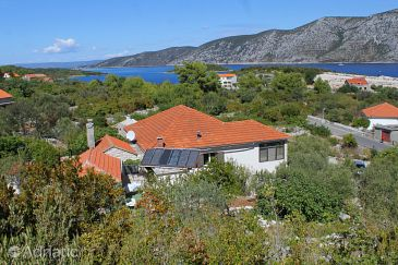 Property Kneža (Korčula) - Accommodation 9165 - Apartments with pebble beach.