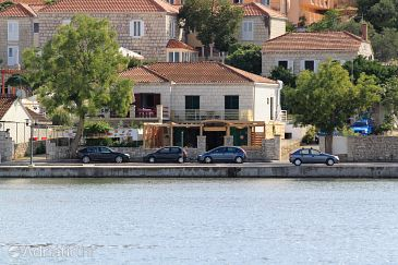 Property Lumbarda (Korčula) - Accommodation 9175 - Apartments near sea with sandy beach.