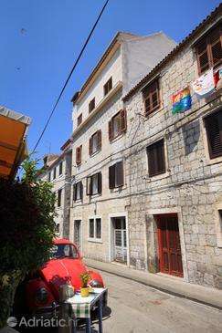Property Split (Split) - Accommodation 9202 - Apartments with sandy beach.
