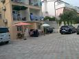 Parking lot Rastići (Čiovo) - Accommodation 9208 - Apartments near sea.