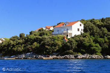 Property Tri Žala (Korčula) - Accommodation 9237 - Apartments near sea.