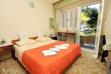 Lumbarda, Bedroom u smještaju tipa room, dostupna klima i WIFI.