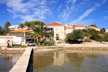 Property Lumbarda (Korčula) - Accommodation 9330 - Apartments near sea.